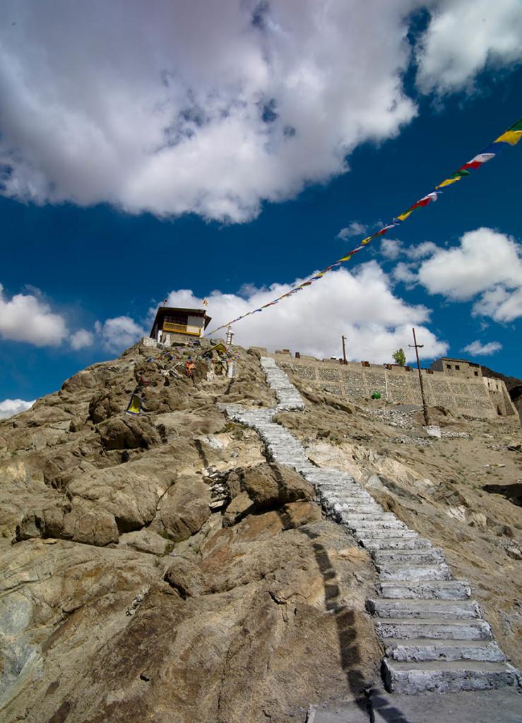 salita allo shanti stupa