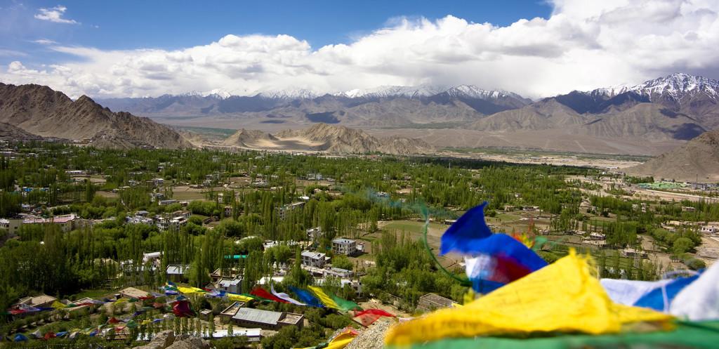 vista dallo shanti stupa